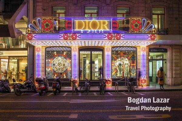 Magazinul Dior în Geneva, Elveția în perioada sărbatoriilor de iarnă