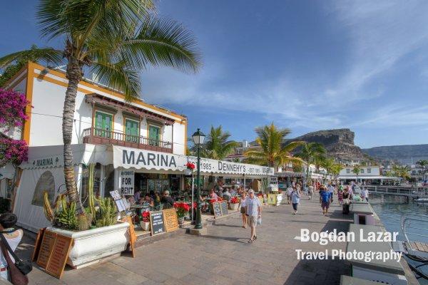 Promenadă în Puerto de Mogan, Gran Canaria, Spania