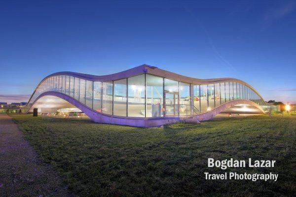 Rolex Learning Center, Lausanne, Elveția