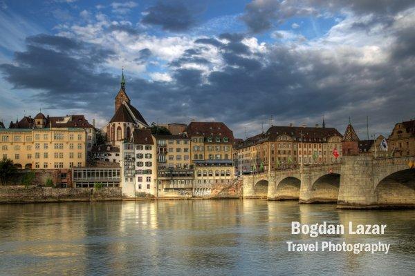 Podul Mittlere peste Rin în Basel, Elveția