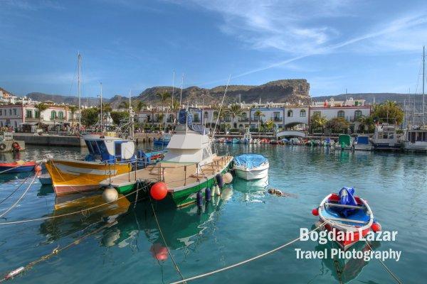 Bărci în Portul Mogan, Gran Canaria, Spania